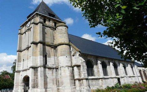 V tomhle kostele nedaleko Rouen se útok odehrál.