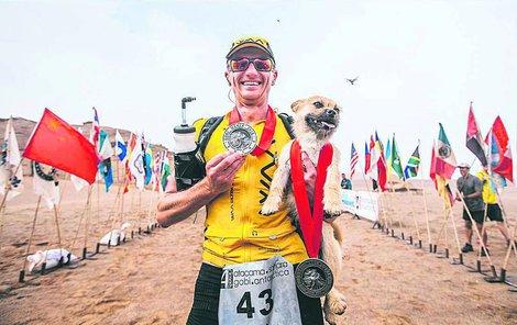 Gobi dostal i vlastní medaili.