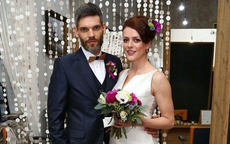 Herečka s partnerem loni fotili svatební kampaň, teď si řekli ANO.