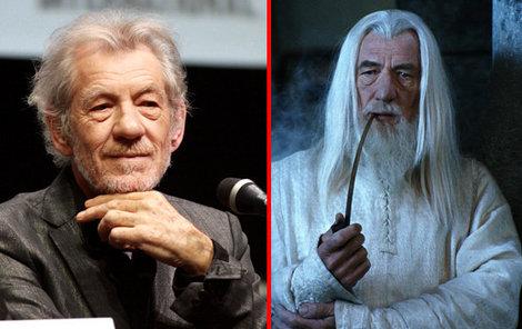 Sir Ian McKellen jako čaroděj Gandalf.