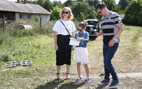 Aňa Geislerová zvolila podpatky, zatímco její dcera a herec Ondřej Sokol raději tenisky.