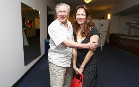 Tereza Kostková s otcem si spolu zahrají v divadelním představení.