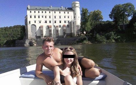 Simona s přítelem na Orlíku.