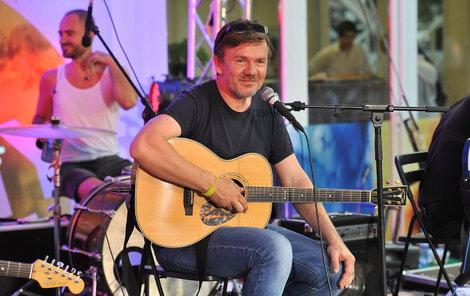 Michal se i po těžké úrazu mozku vrátil na pódia.