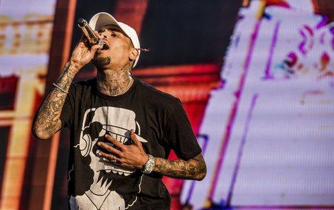 Chris Brown je notorický bouřlivák.