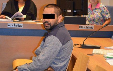 Za týrání a ublížení na zdraví dostal Jozef S. z Kroměříže 10 let basy.