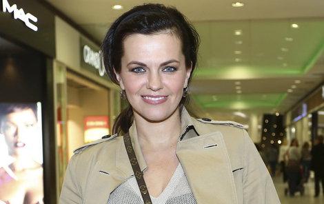 Zpěvačka Marta Jandová přišla v mládí o maminku.