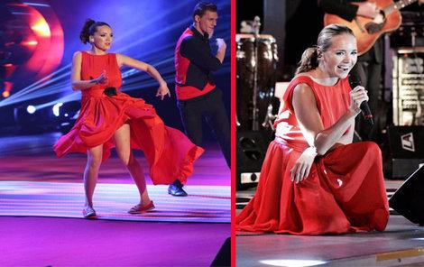 Šaty oblékla během koncertů na turné.