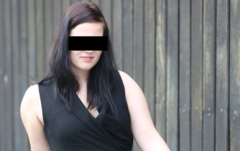 Eva M. musela sexuální zneužívání snášet devět let. Po pokusu o sebevraždu skončila na psychiatrii.