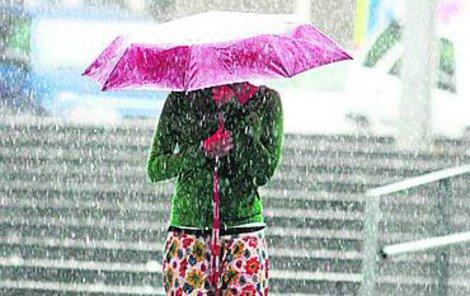 Bez deštníku raději nevycházejte!