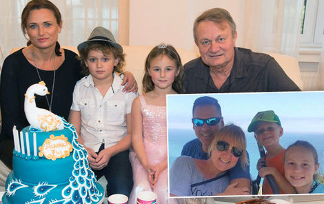 Adamec s rodinou, vpravo dole rodina dcery Terezy.