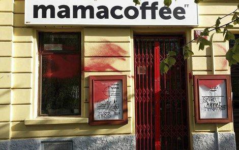 Vandalové útočili na podniky, které se přihlásily k protirasistickému hnutí Hate Free Culture.