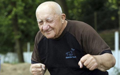 Zdeněk Srstka slaví 81. narozeniny. Přejeme všechno nejlepší!