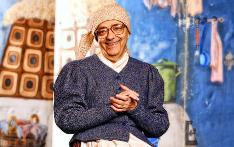 Miloň Čepelka, známý z Divadla Járy Cimrmana, slaví 80. narozeniny. Přejeme všechno nejlepší!