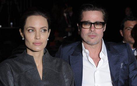 Brad Pitt s rozvodem nesouhlasí.