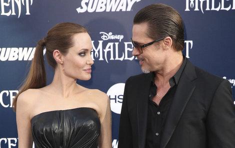 Angelina požádala o rozvod minulý týden.