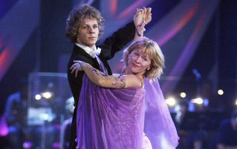S Janem Onderem jen občas tančí na akcích.
