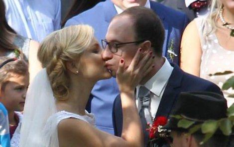 Svatba Kristiny byla jako z pohádky!
