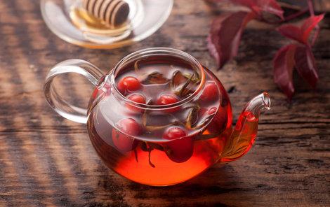 Šípkové čaje uleví od řady zdravotních problémů.