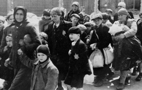 Cyklon B sloužil nacistům k vraždění obětí v koncentračních táborech.