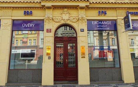 Banka ERB krachuje.