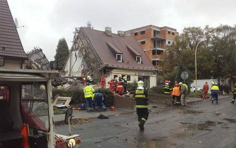 Po výbuchu zbyly z domu v ulici 5. května jen trosky.