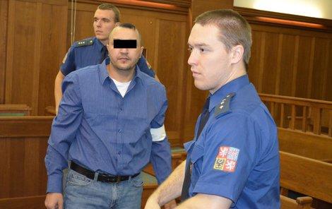Miroslav Š. přiznal, že chtěl bývalou partnerku zabít.