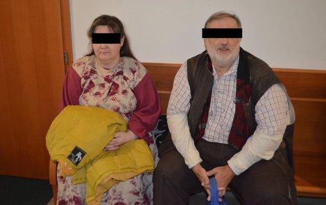 Věřící manželé Karin a Dalibor K. odmítají, že by trestali čtyři své syny nepřiměřeně.