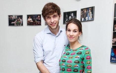 S manželem Romanem Tomešem staví dům.