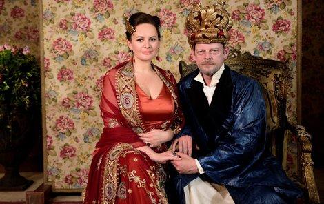 Jitka Čvančarová a Martin Stránský coby královští rodiče.