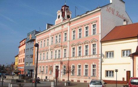 Střední škola v Kralovicích na Plzeňsku.