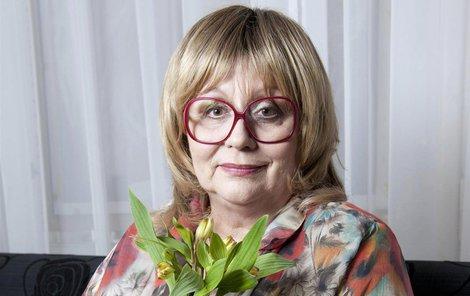 Zpěvačka Naďa Urbánková bojuje se zákeřnou nemocí ze všech sil.