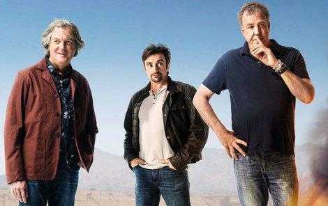 James May, Richard Hammond a Jeremy Clarkson (zleva) se pořádně odvázali.