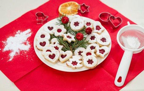 Linecké cukroví na vánočním stole nesmí chybět.