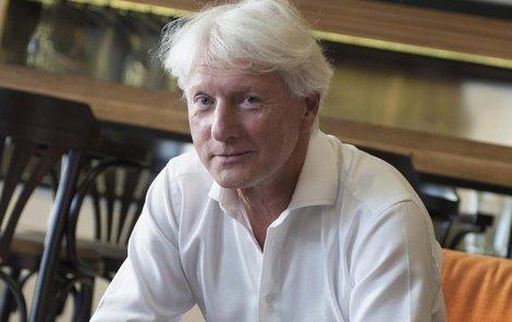 Mistr etikety Ladislav Špaček.