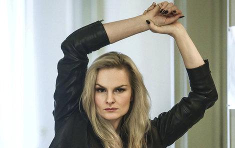 Iva Pazderková trpí panickou poruchou.