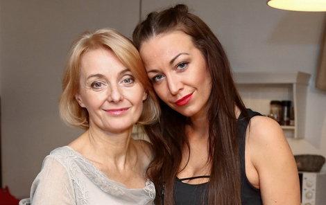 Veronika Žilková (55) a dcera Agáta Prachařová (31).