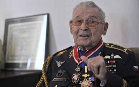 Imrich Gablech byl držitelem řady vyznamenání, mimo jiné Řádu Bílého lva či polského Komandérského kříže za zásluhy.