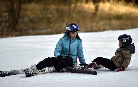 Helma je na lyžování nutností.