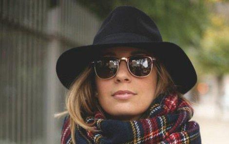 V klobouku budete vždycky dámou.
