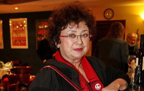 Jana Boušková si kvůli zranění na návrat do Národního divadla počká.