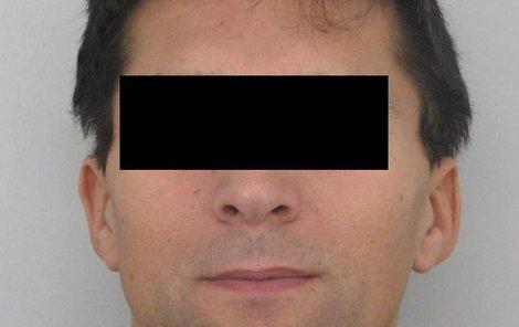 Zdeněk P. nakazil virem HIV tři muže, podle policie může být jeho obětí více.