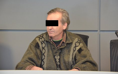 Vítězslav N. řekl, že matku našel mrtvou.