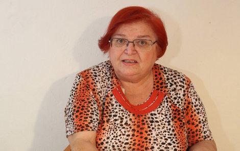 Danicu můžete kontaktovat na Facebooku, kde ji najdete pod jejím celým jménem. Spojit se s ní můžete i telefonicky na www.viamagica.eu, je-li právě připojena na lince.