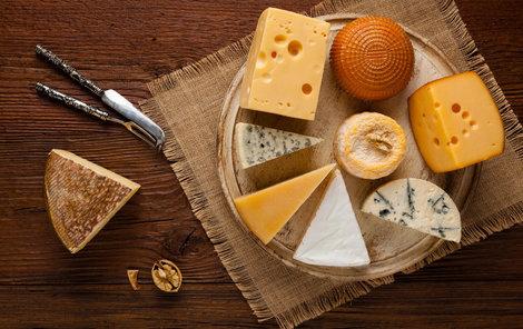 Sýrů a jejich chutí je nepřeberné množství.