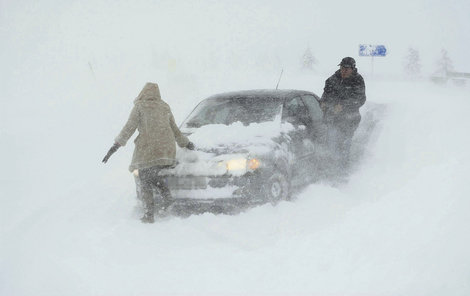 V zimě je potřeba se na další cestu obvzláště připravit.