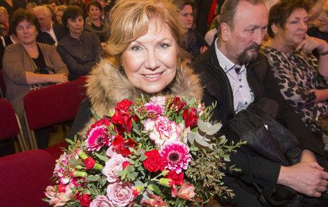 2018 Herečka po studiích vsadila na divadlo, které jí dodnes přináší hodně radosti a energie.