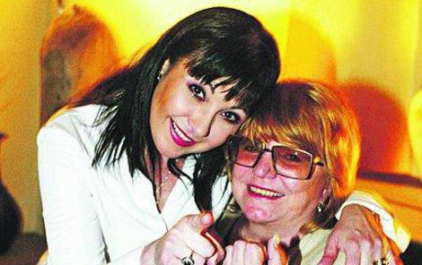 Patrasová se svou kamarádkou Ivou Hercíkovou.