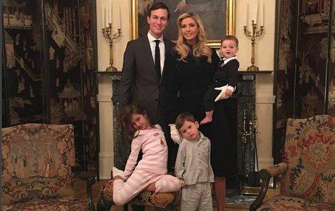 Ivanka Trump, Manžel Jared Kushner, dcera Arabella Rose, syn Joseph Frederick a syn Theodore James.