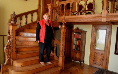 Kastelánka Eva Kolářová je na zámku Raduň od roku 1978.
